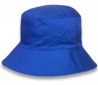 Трендовая синяя панамка