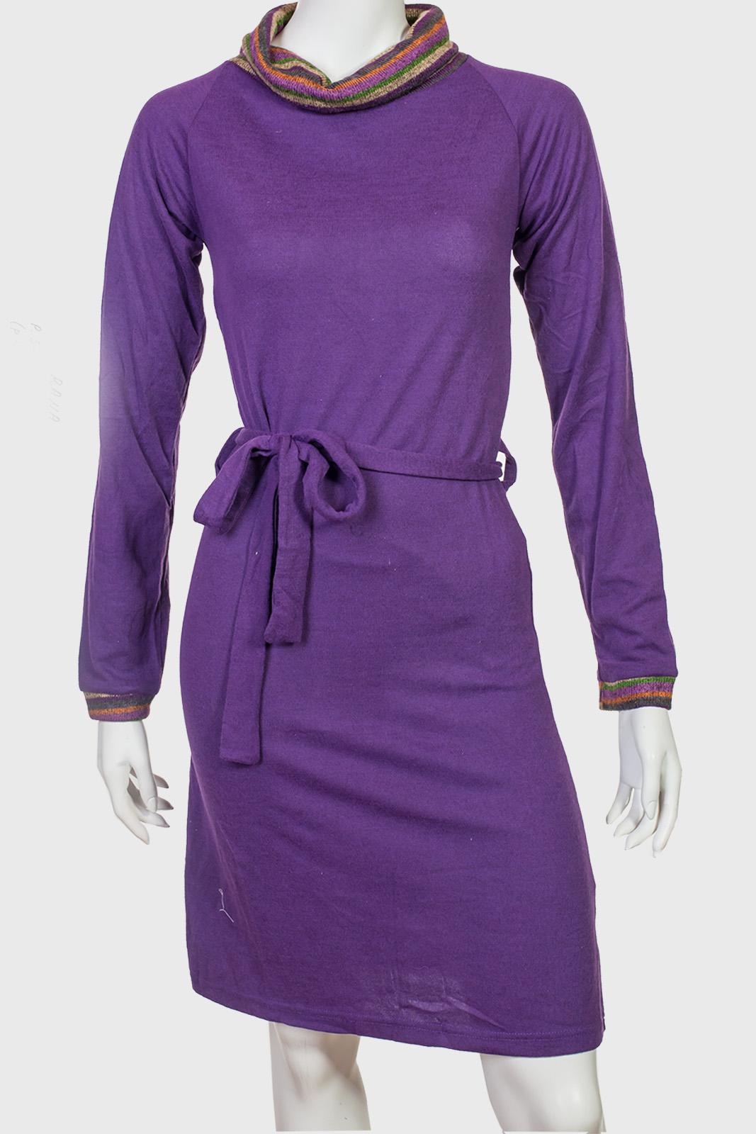 f9442afe644 Трендовое элегантное платье с воротом-хомутом от Rana
