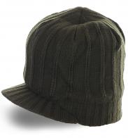Трикотажная элегантная шапка с козырьком утепленная флисом для серьезных парней