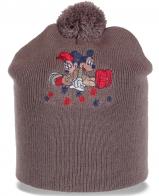 Трикотажная женская шапка с вышивкой Микки и Минни