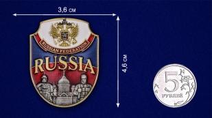 "Цветная металлическая накладка ""Russia"" - размер"