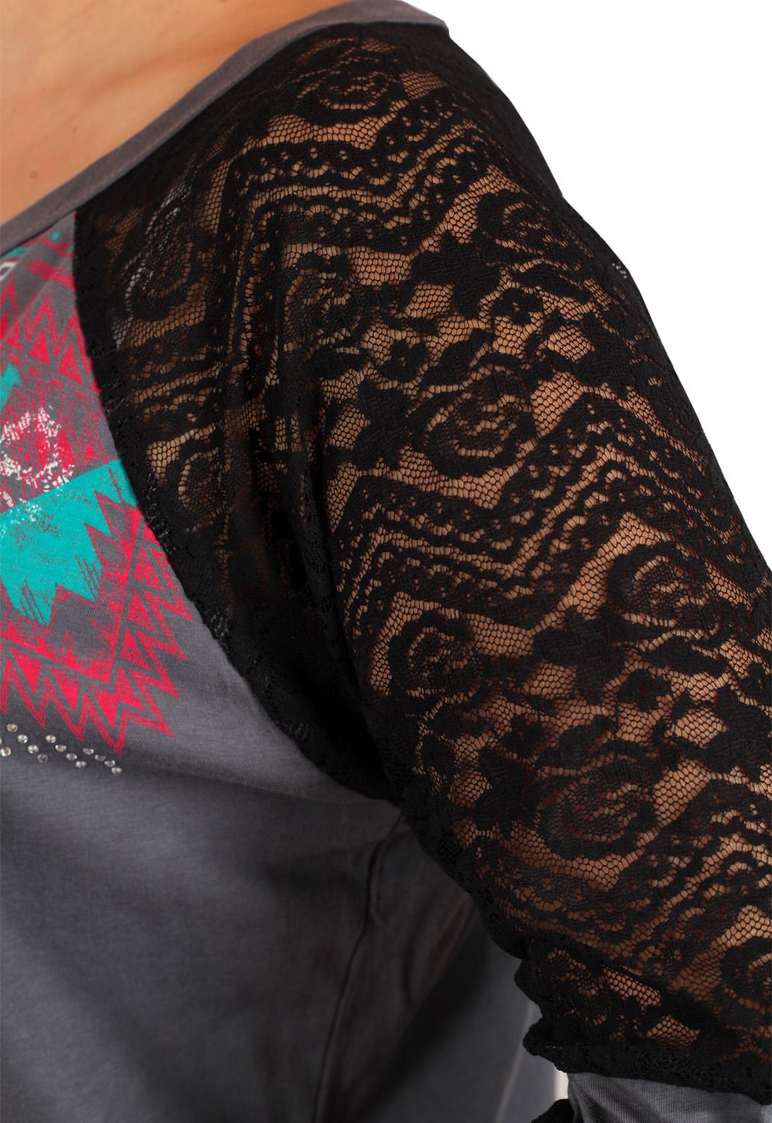 Эффектная туника с полупрозрачными плечами и геометрическим орнаментом. Новая модель в брендовом каталоге Rock and Roll