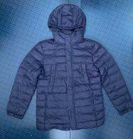 Удлиненная мужская куртка синего цвета