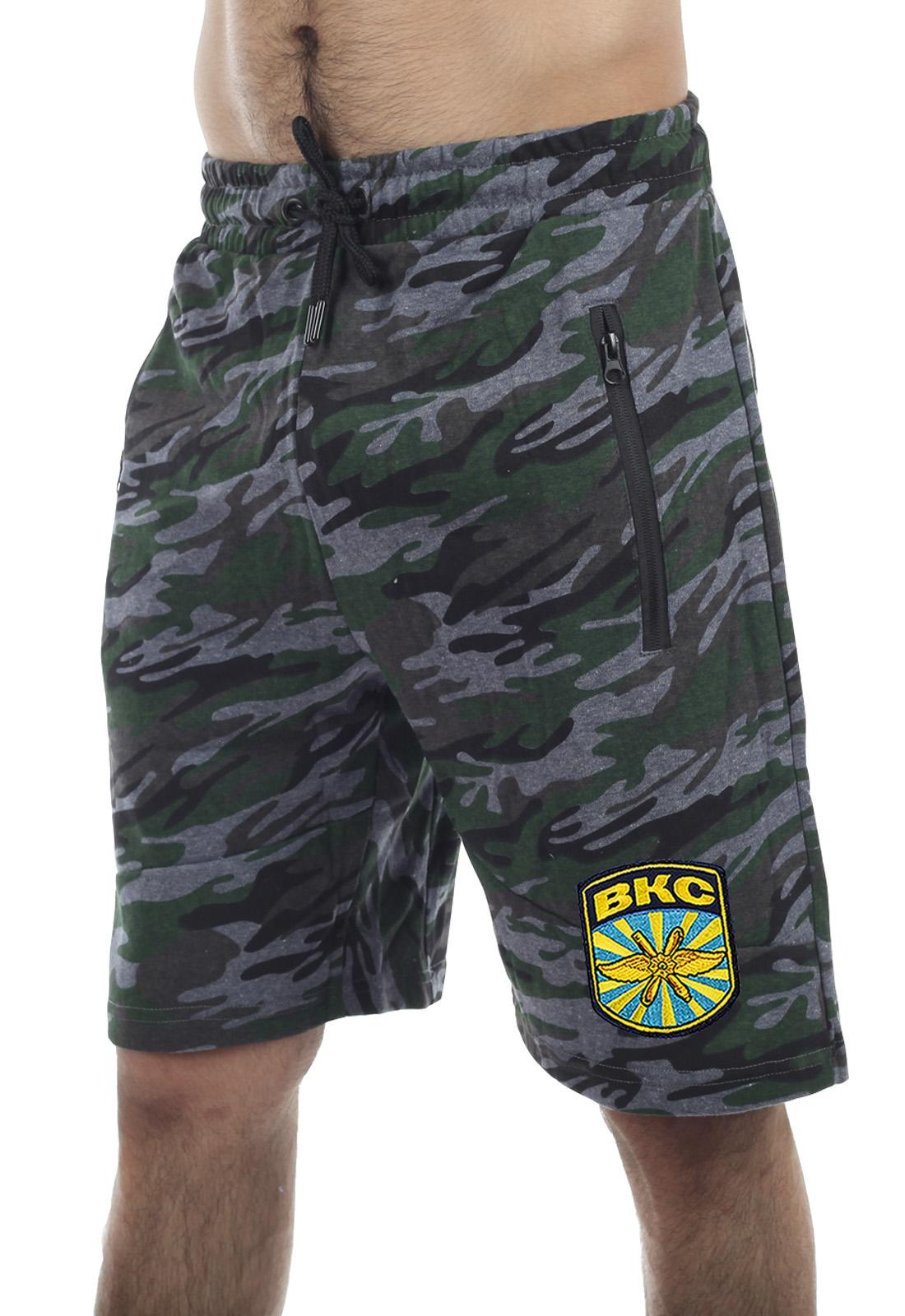 Купить удлиненные мужские милитари-шорты с нашивкой ВКС по лучшей цене