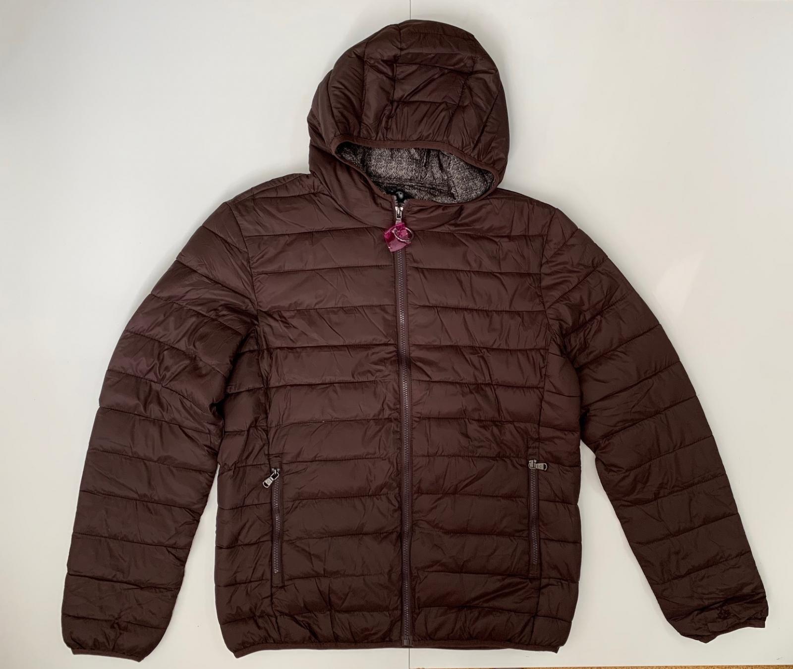 Удобная коричневая куртка для мужчин