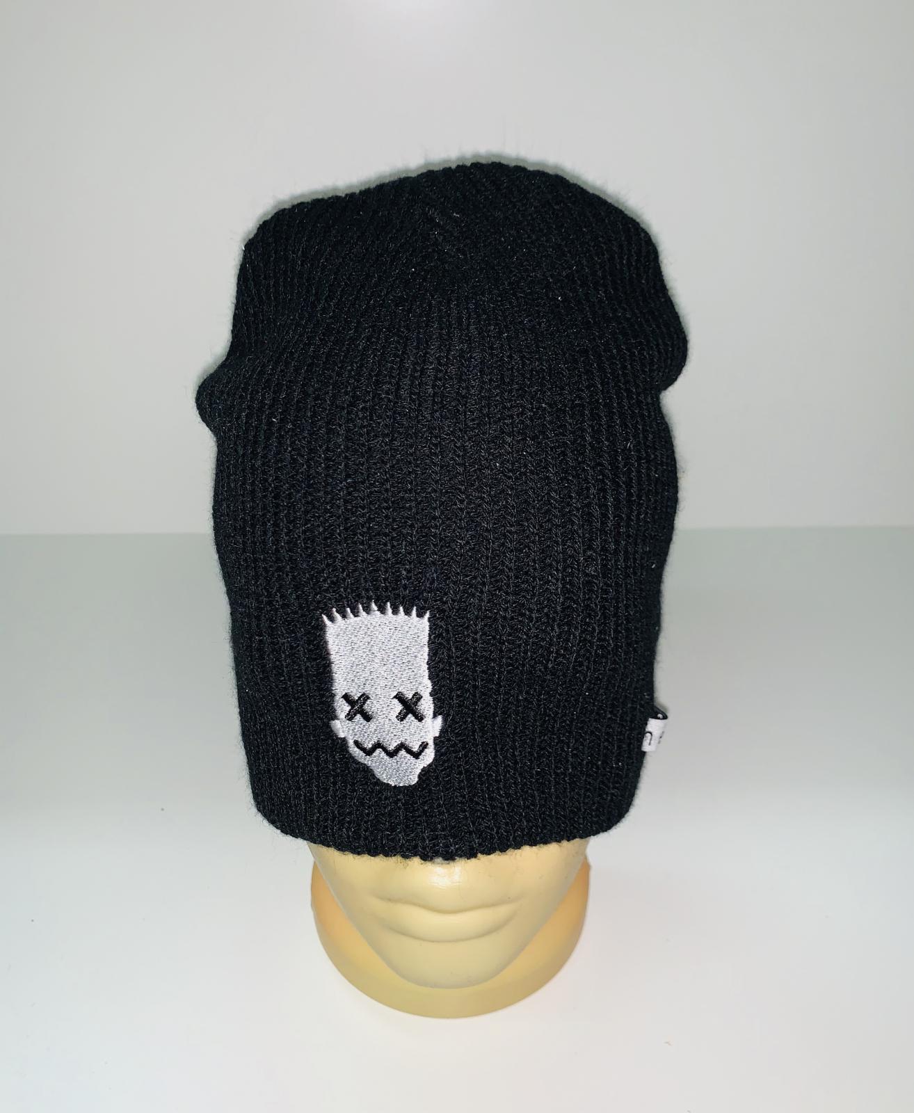 Удобная шапка черного цвета