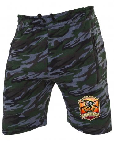 Удобные камуфляжные шорты с нашивкой Русская Охота