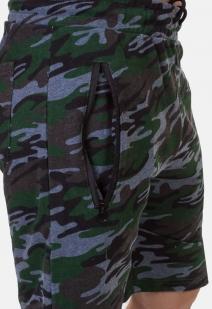 Удобные камуфляжные шорты с нашивкой Русская Охота - заказать оптом
