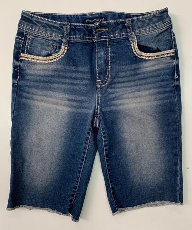 Удобные женские джинсовые шорты на каждый день