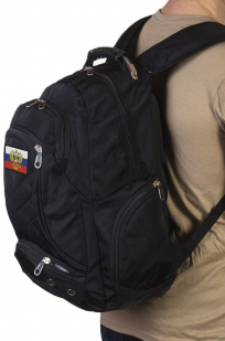Заказать удобный черный рюкзак с патриотичной нашивкой