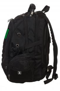 Удобный черный рюкзак с тематической нашивкой Погранвойск купить оптом