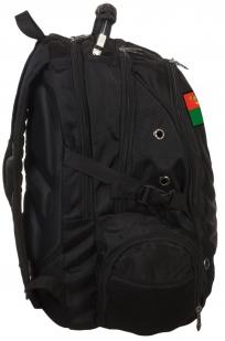 Удобный черный рюкзак с тематической нашивкой Погранвойск заказать оптом
