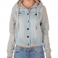 Укороченная женская куртка Ghanda™. Эффектный джинсовый бомбер с капюшоном – фаворит городского стиля в Москве!