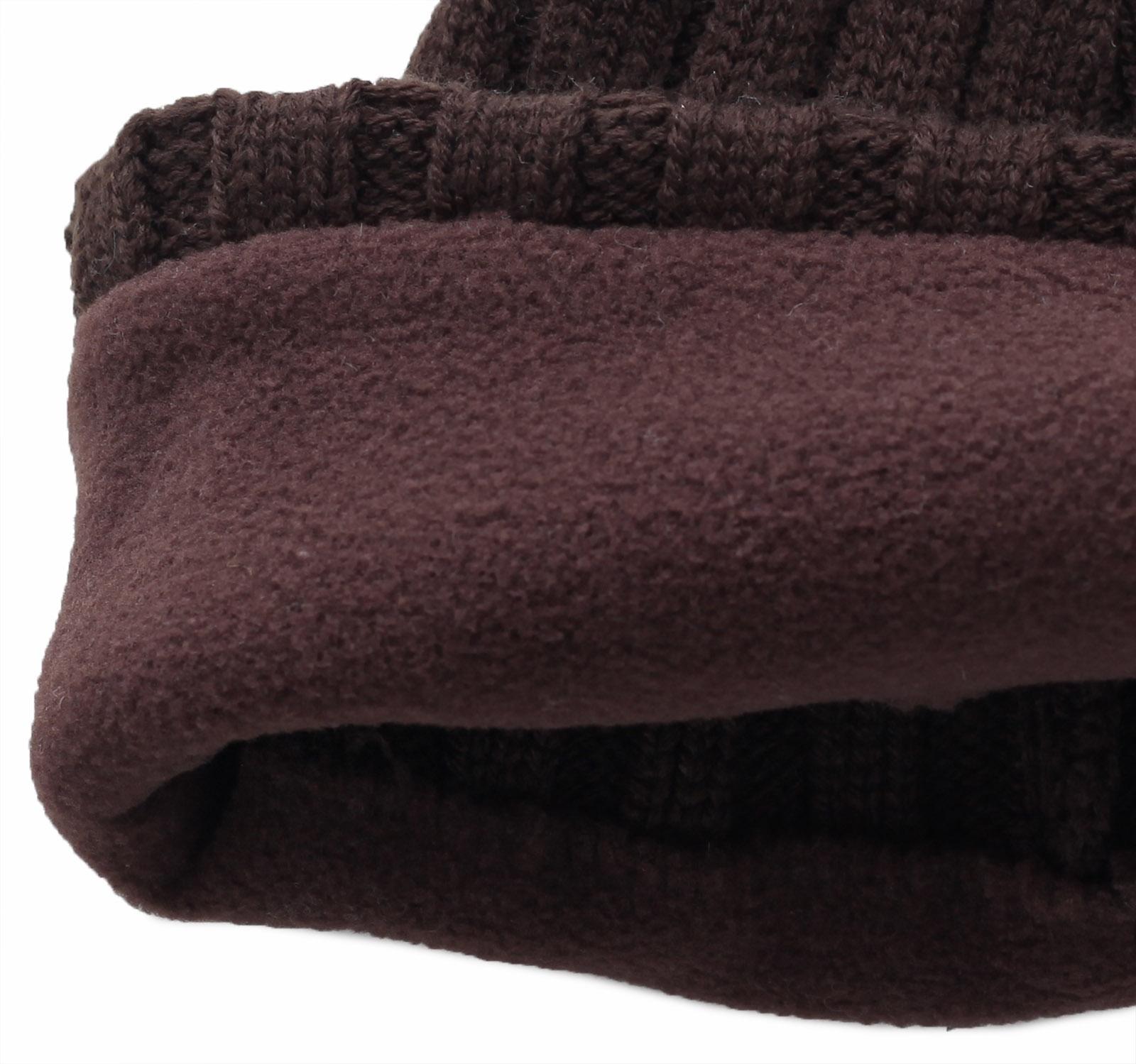 Купить универсальную неприхотливую шапку с лаконичной вышивкой зимний вариант с флисом по низкой цене
