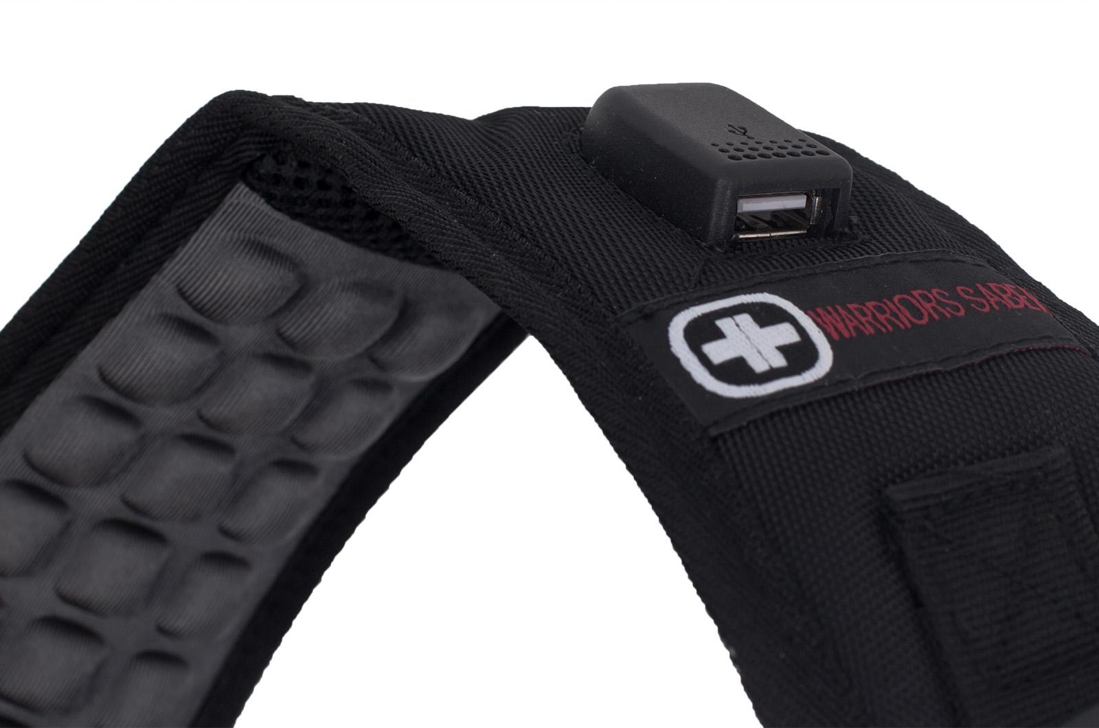 Универсальный черный рюкзак с военной нашивкой - купить в подарок