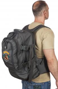 Универсальный практичный рюкзак с нашивкой Лучший Охотник - заказать выгодно