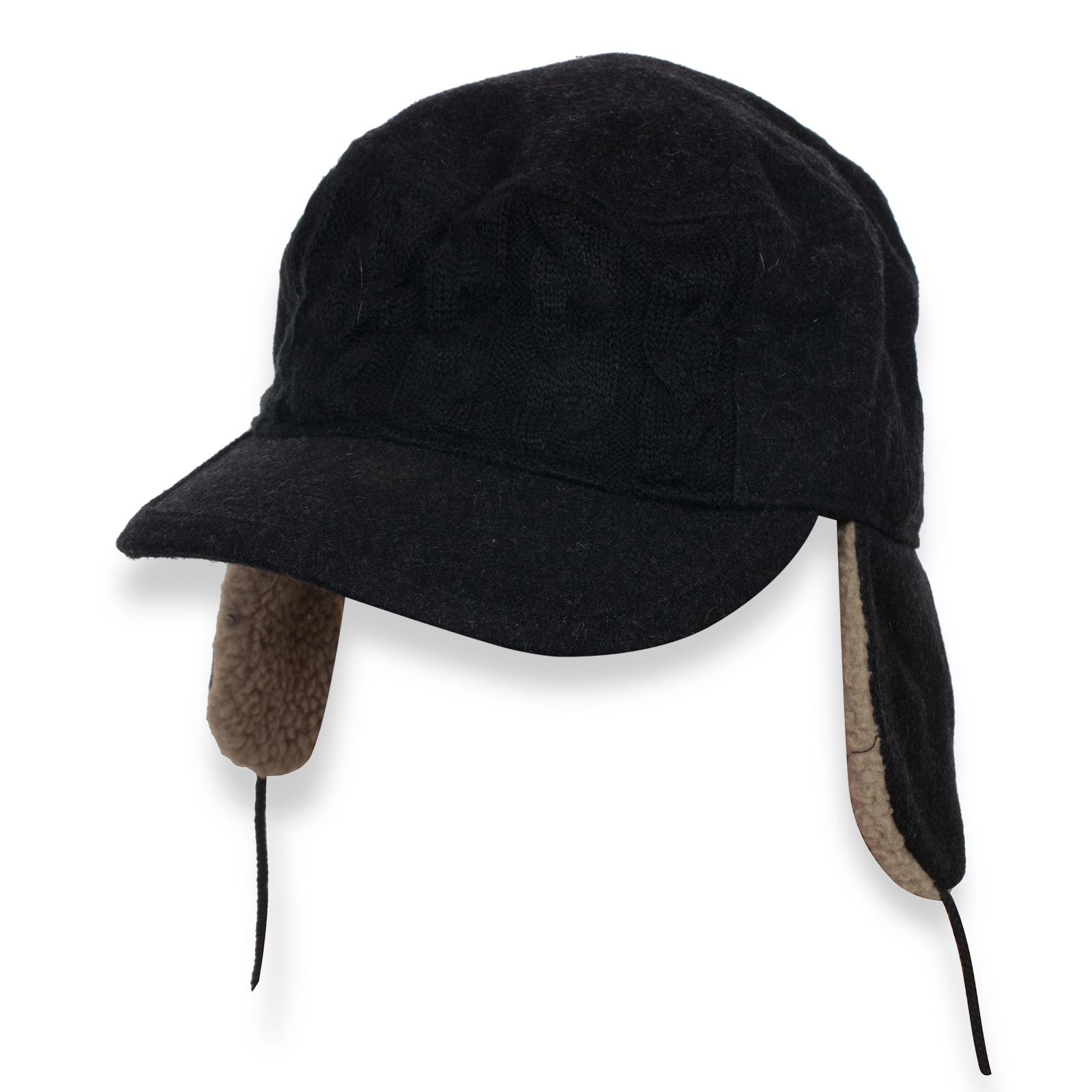 Утепленная кепка с ушами