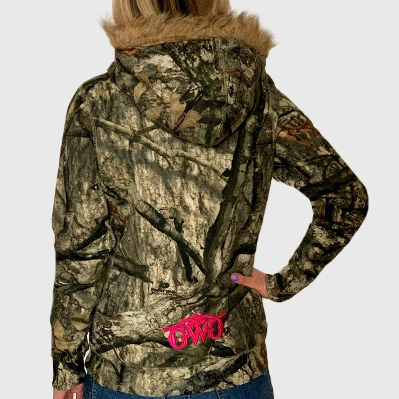 Женская толстовка с карманами и капюшоном