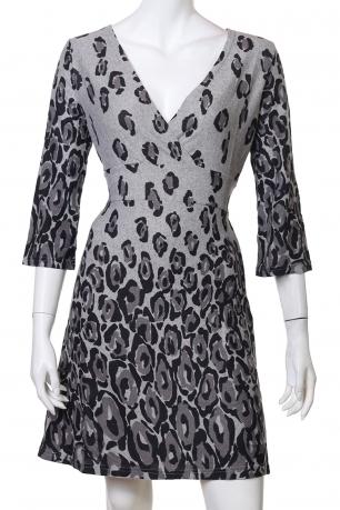 Утонченное платьице с леопардовым принтом