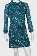 Утонченное стильное платье с кружевным принтом
