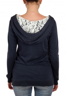 Уютное женское худи с капюшоном и модным орнаментом. Осенне-зимняя молодежная коллекция от бренда Panhandle
