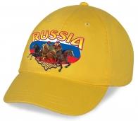 Великолепная желтая бейсболка с колоритным патриотическим принтом Russia - практичная удобная современная модель, которую с удовольствием оценят болельщики