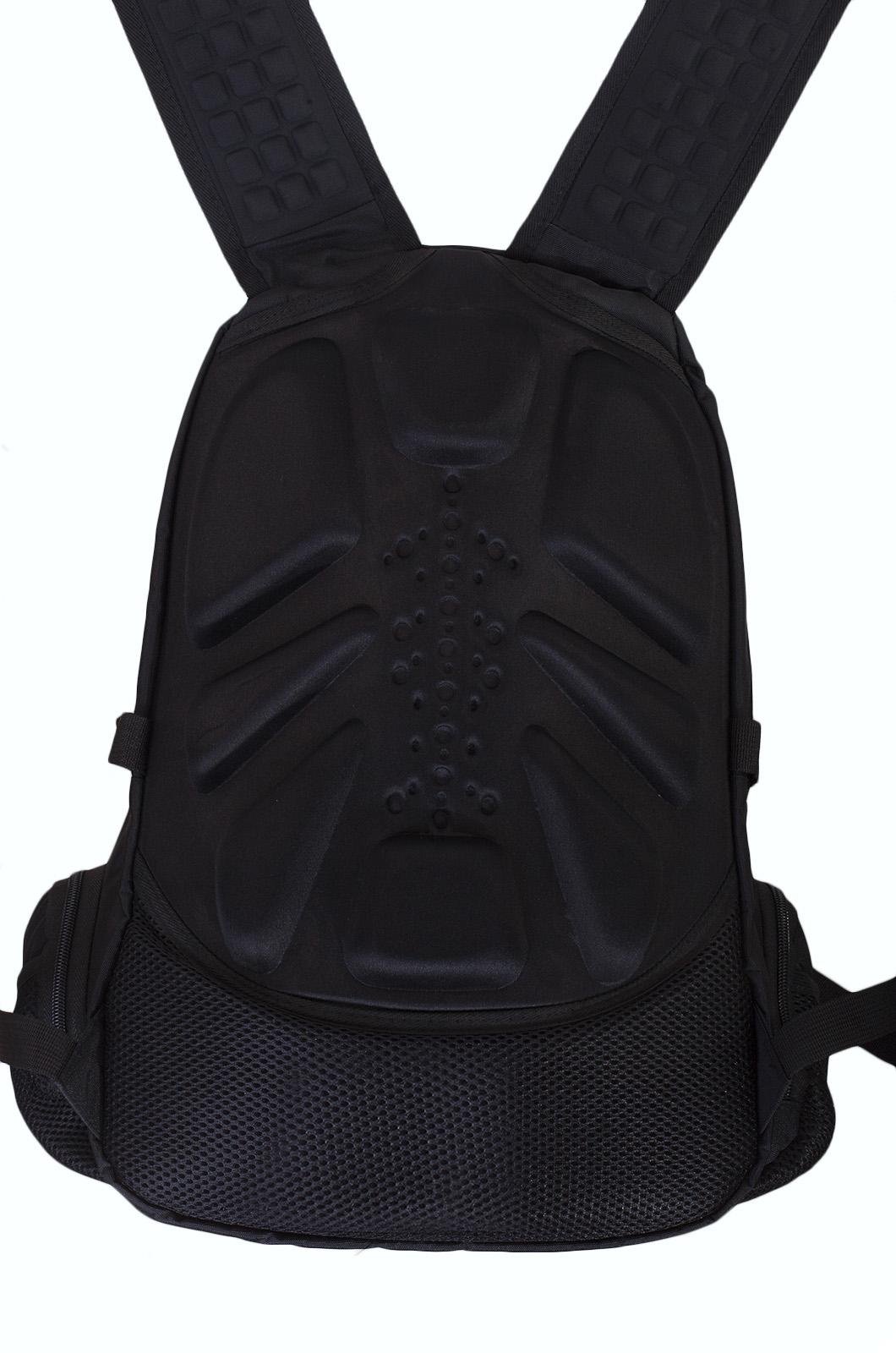 Вместительный черный рюкзак с эмблемой Охотничьего спецназа купить онлайн