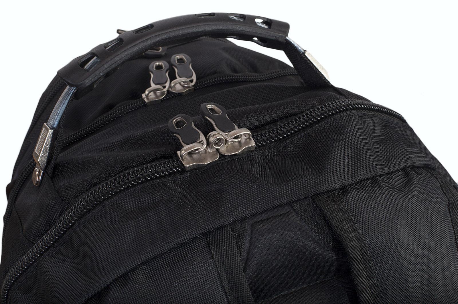 Вместительный черный рюкзак с эмблемой Охотничьих войск заказать в подарок