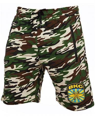 Военные камуфляжные шорты с нашивкой ВКС