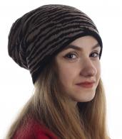 Восхитительная женская шапка в полоску. Трендовая модель удлиненного фасона, эффектная полоска