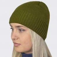 Вязаная оливковая женская шапочка