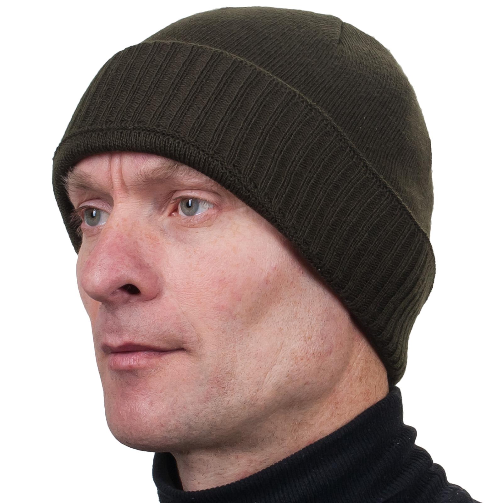Вязаная тёмно-оливковая шапка