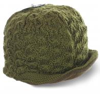 Вязаная женская шапка с козырьком. Очень теплая модель с флисовой подкладкой. Никакие холода не страшны!