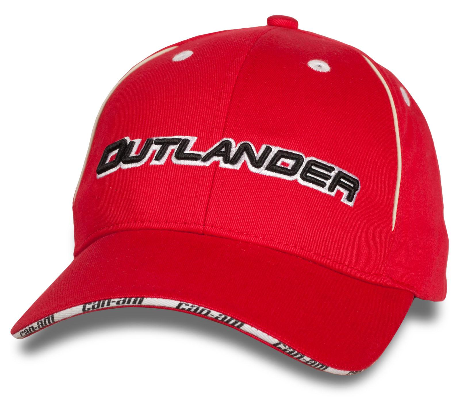Яркая бейсболка Outlander.