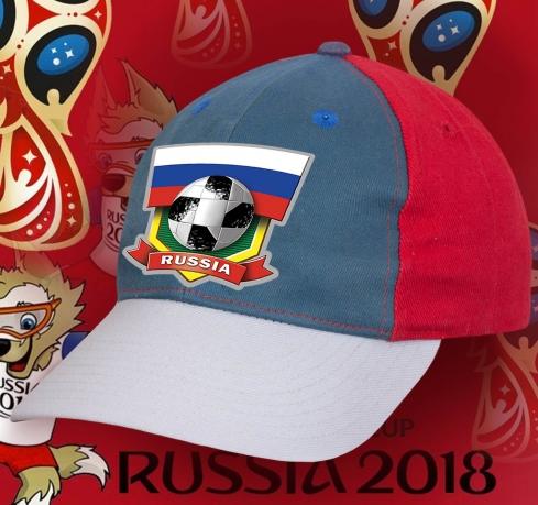 Яркая бейсболка Russia.