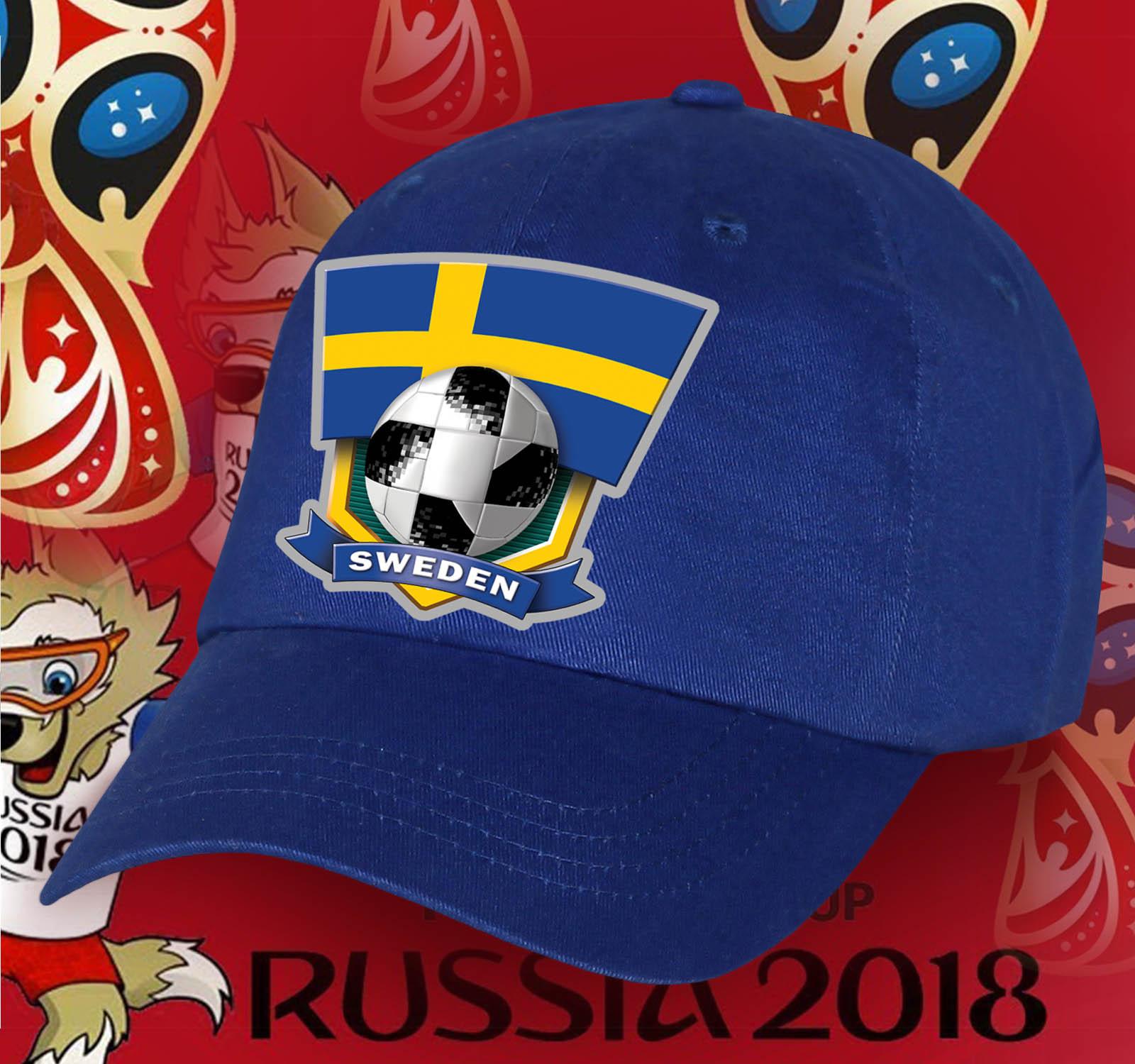 Яркая бейсболка Sweden