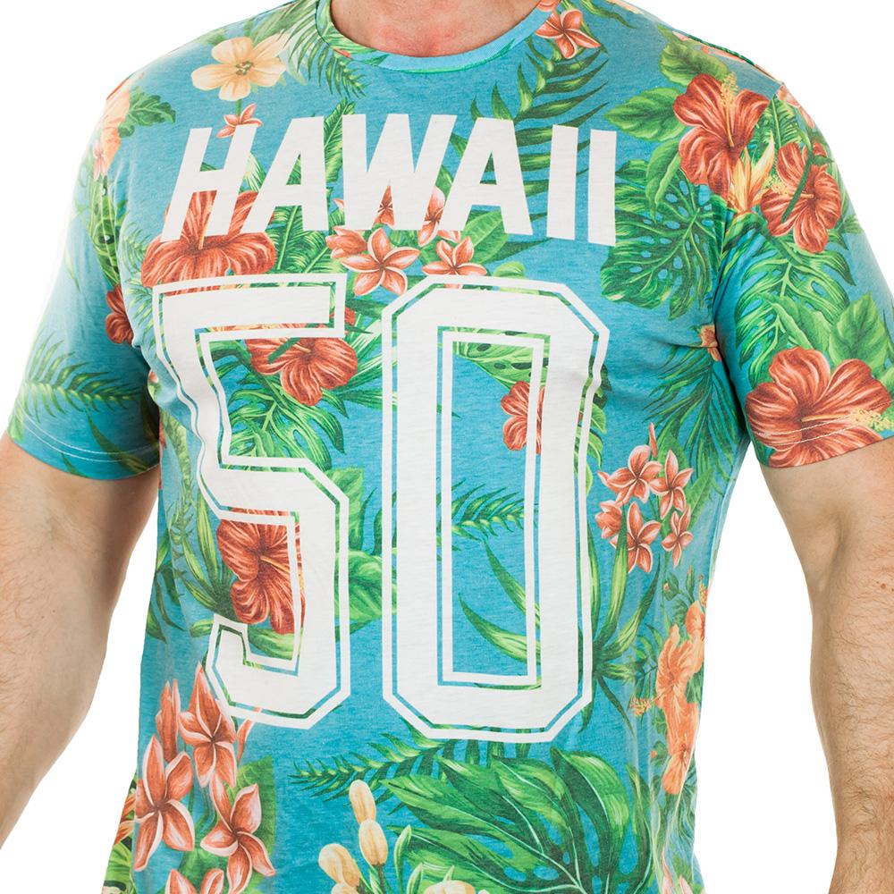 Алоха, парни! Яркая мужская футболка HOLIDAY SHOP Surfs Up. В лучших гавайских традициях