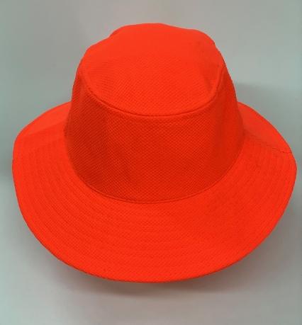 Яркая оранжевая панама для лета