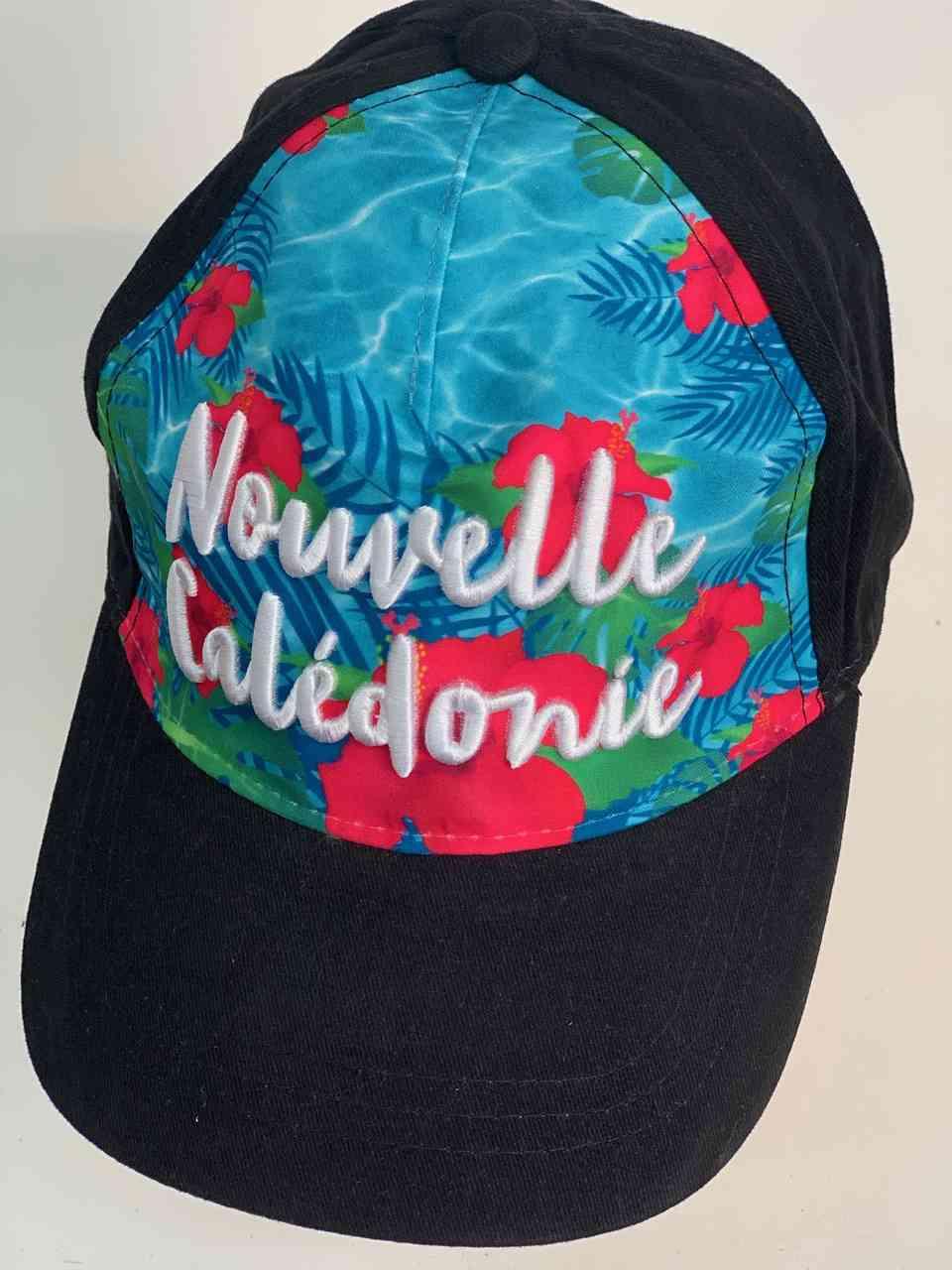 Яркая пляжная кепка Новая Каледония