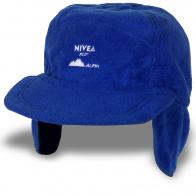 Яркая шапка с козырьком и ушами. Высокое качество!