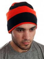 Яркая спортивная шапка для стильных парней