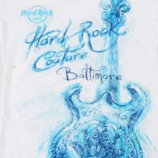 Белая женская футболка Hard Rock® Baltimore - принт