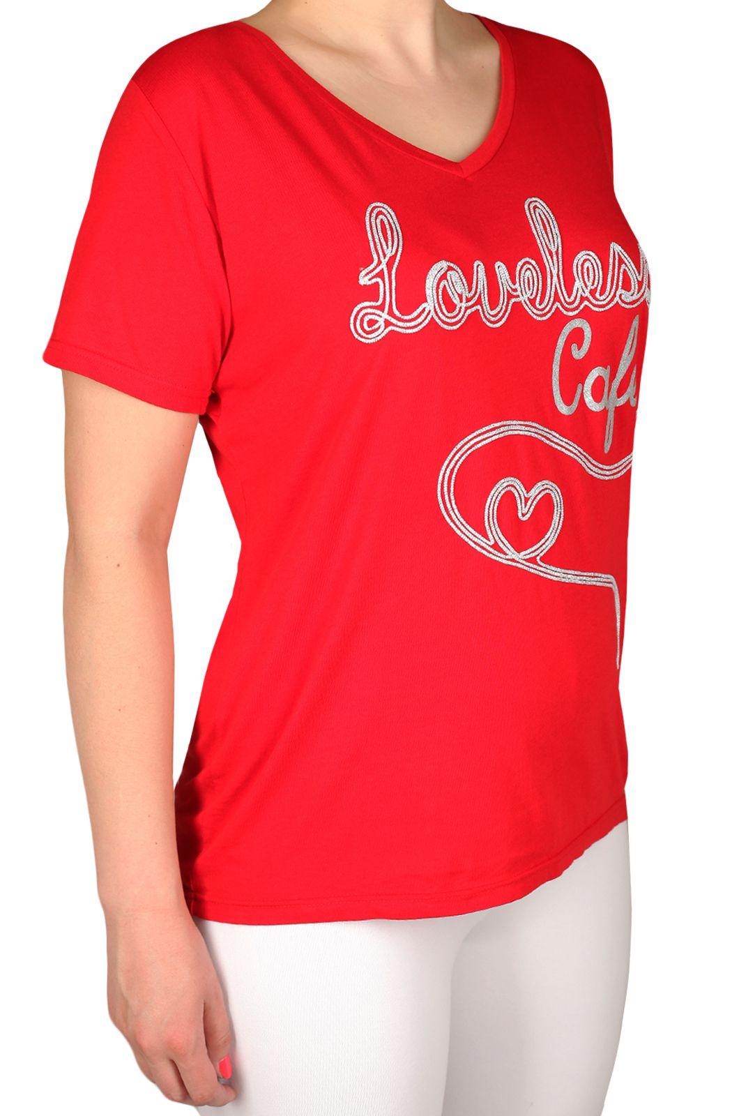Яркая женская футболка от бренда Loveless Cafe
