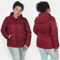 Яркая женская куртка от Rosa Thea (Италия).