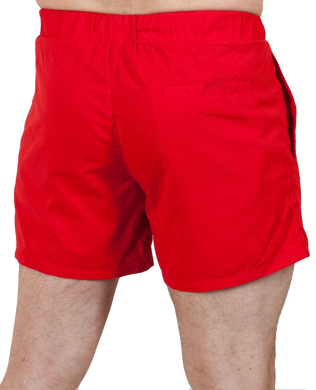 Яркие мужские шорты для плавания (Topman) - вид сзади