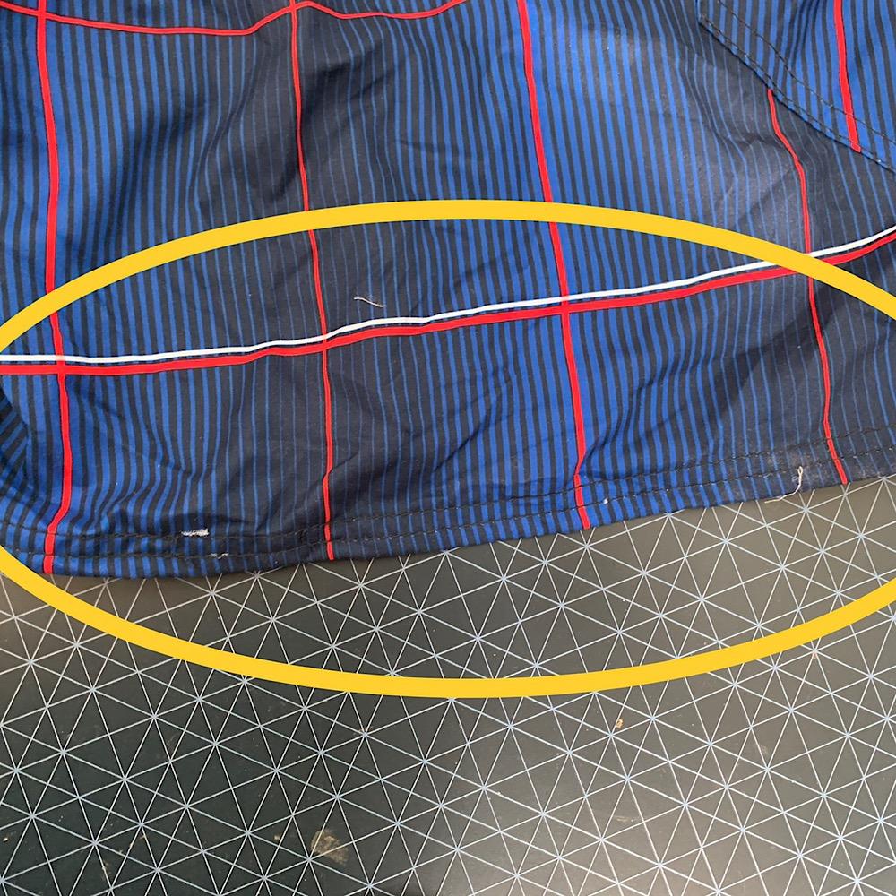 Яркие синие шорты от OP
