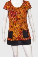 Яркое женское платье с интересным принтом от Le Grahier