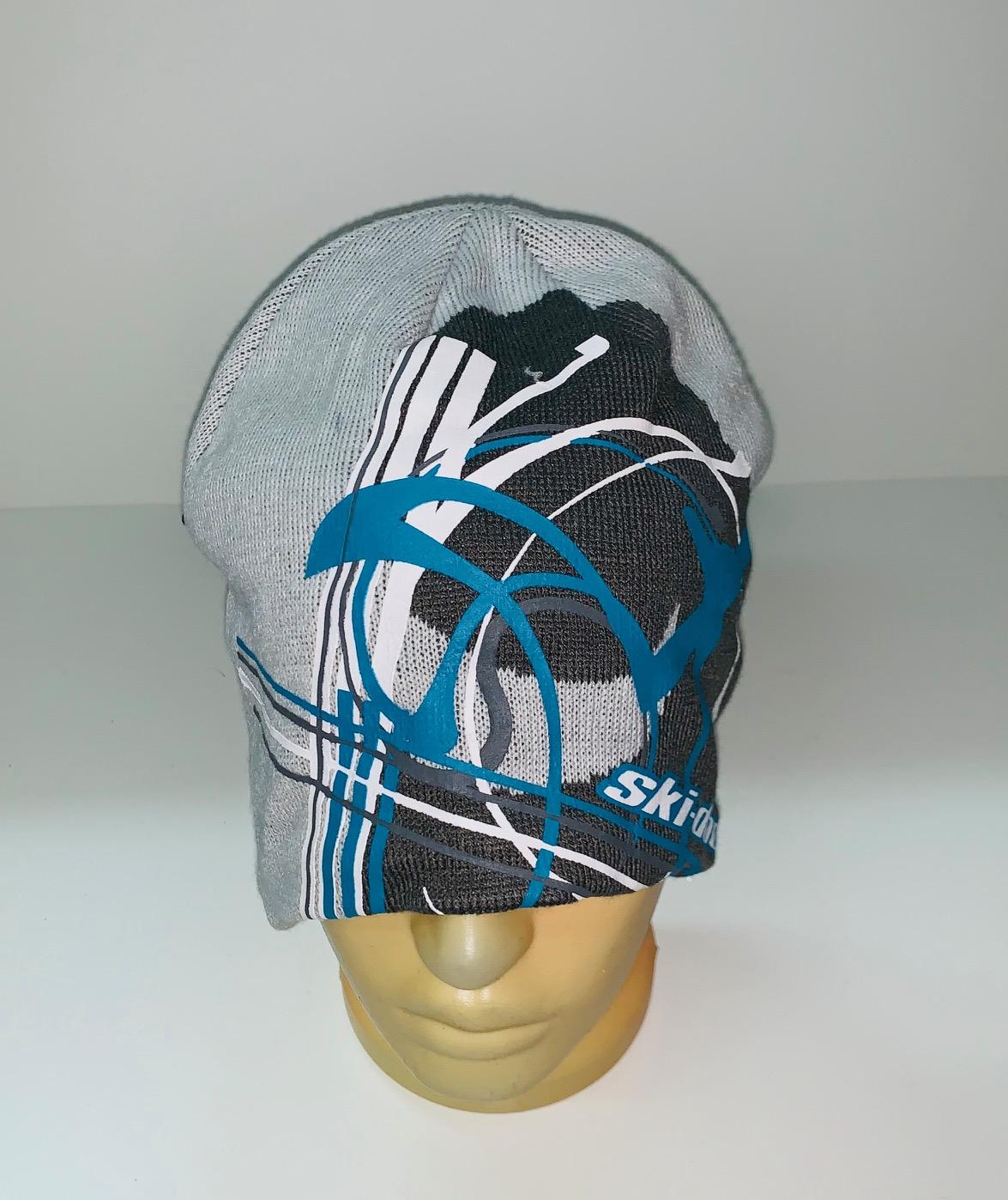 Зачетная шапка Ski-Doo