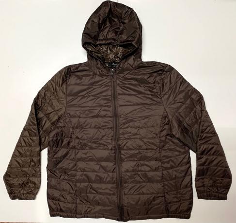 Зачетная женская куртка темно-коричневого цвета