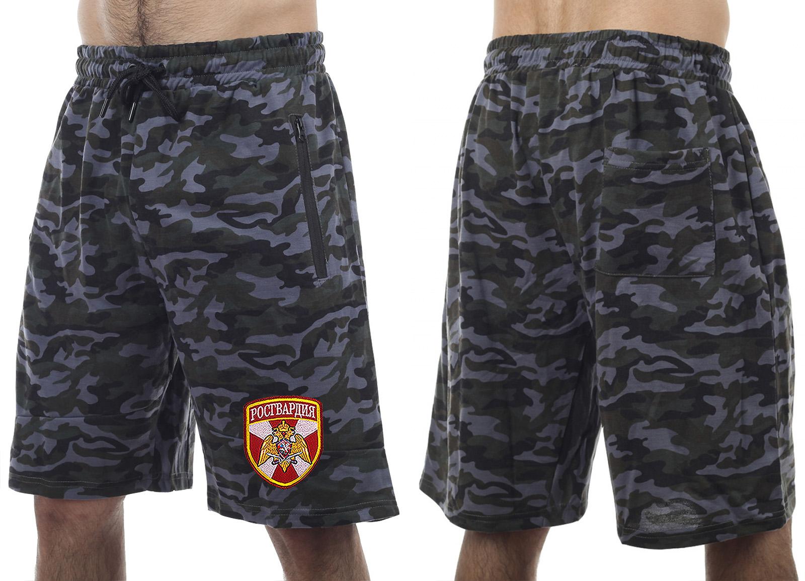 Зачетные камуфляжные шорты с удобными карманами и нашивкой Росгвардия - купить в розницу